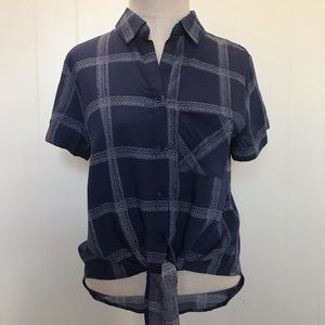 Urban Heritage Button Up Tie Short Sleeve Shirt
